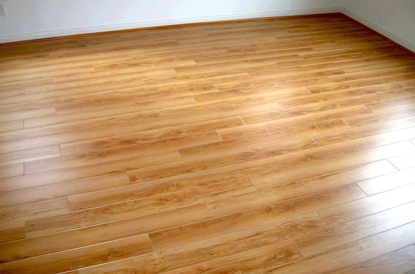 laminated flooring, laminated floor maintenance, take care laminated floor