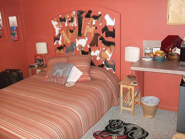 renosaw-dog-shape-hotel-2