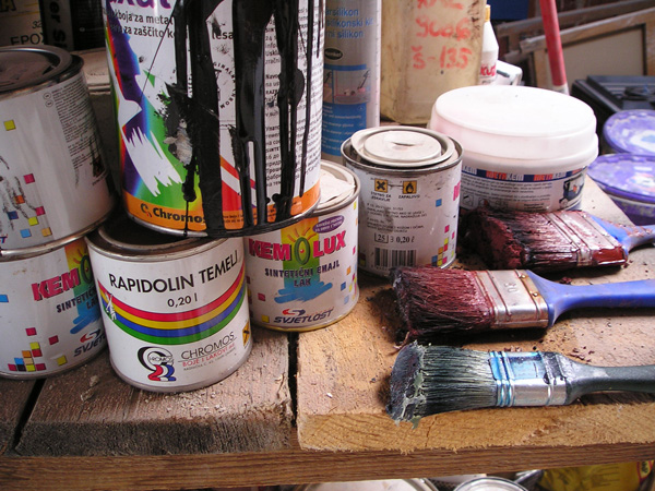 odourless paint